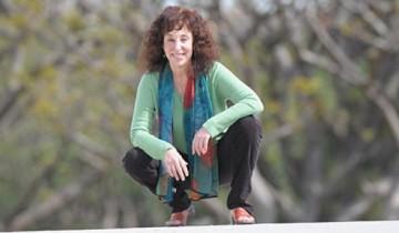 Judith Orloff-squatting-600
